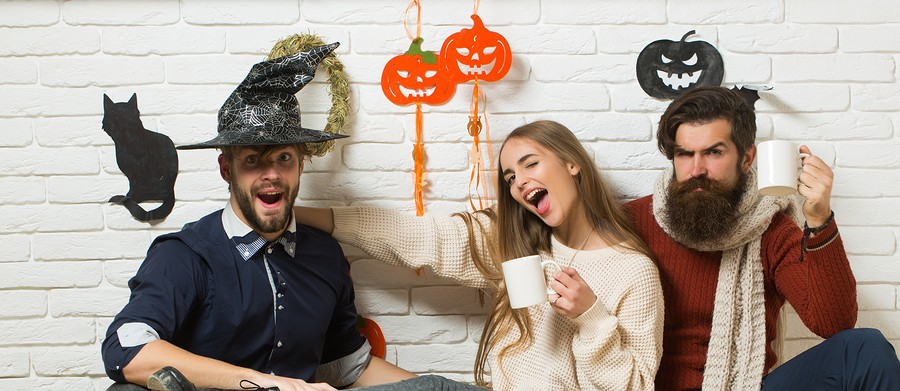 Ways to Spend Halloween with Friends! When trick or treating is no longer an option..